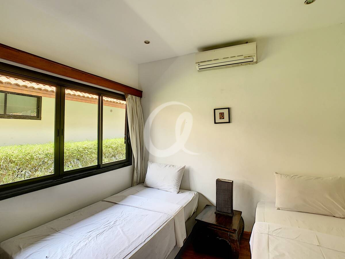 #AE0007 - Bedroom 3