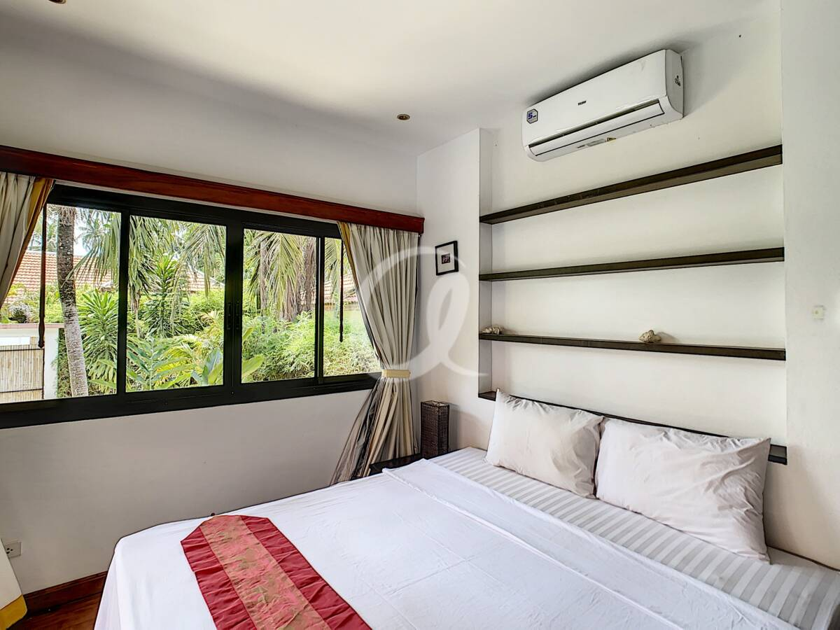 #AE0007 - Bedroom 2