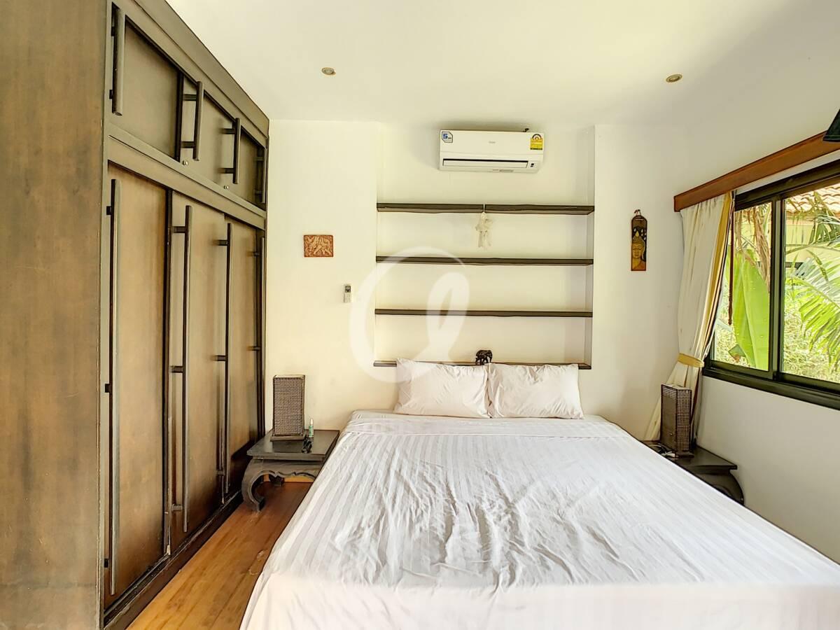 #AE0007 - Bedroom 1